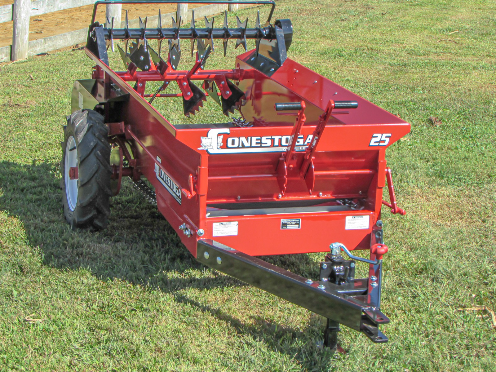 conestoga manure spreader cm 25 ground drive manure spreader standard features