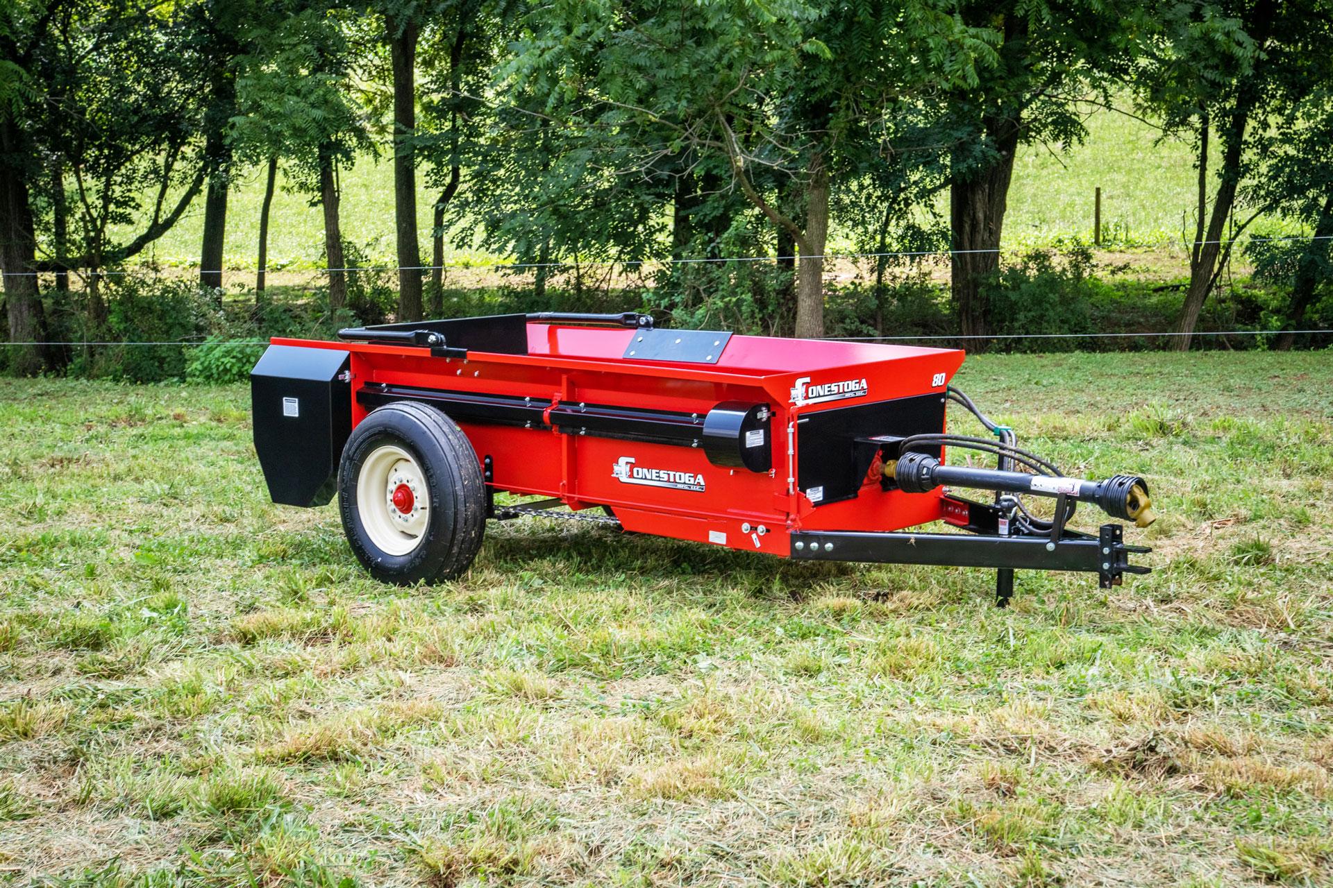 Medium manure spreader with PTO drive from conestoga manure spreaders.