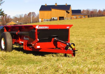 Tow behind manure spreader with PTO drive from conestoga manure spreaders.