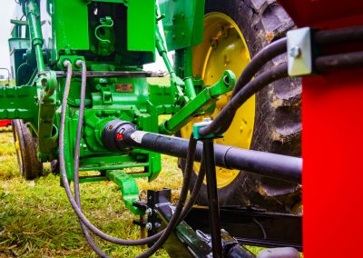 PTO farm manure spreader conestoga manufacturing.